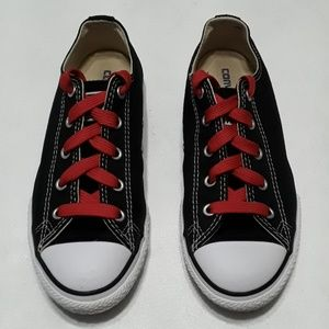 All star Youth black converse